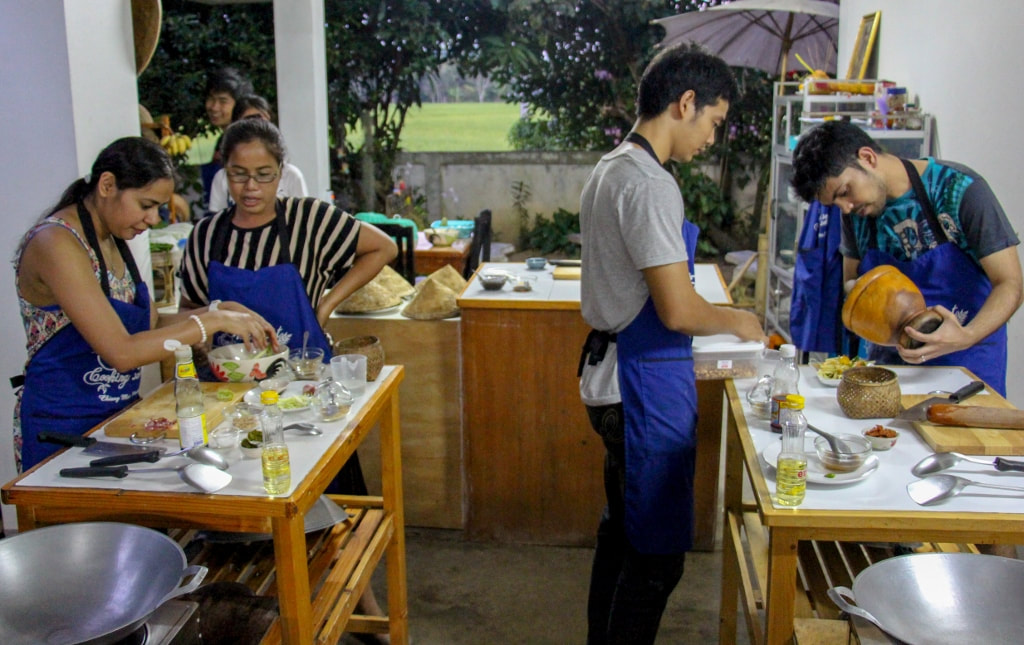 Thai Secret Cooking School. Chiang Mai, Thailand. Private Evening Class October 20-2015
